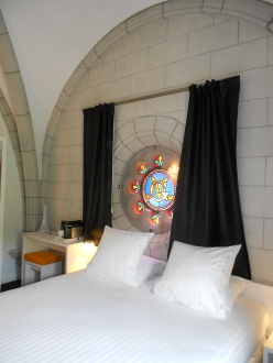 Most sought-after bedroom in Hotel Sozo, former church in Nantes
